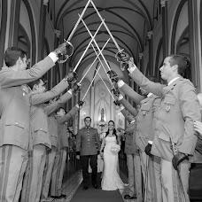 Wedding photographer Viviane Lacerda (vivianelacerda). Photo of 07.08.2016