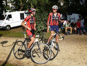 Photo: Benjamin et Florian préparent leur stratégie de course.