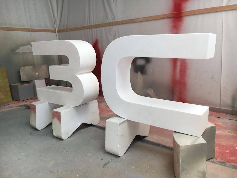 3D letters & logo's uit EPS en XPS - groot 3D bedrijfslogo