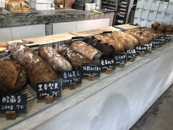 麵包、餐點不馬虎