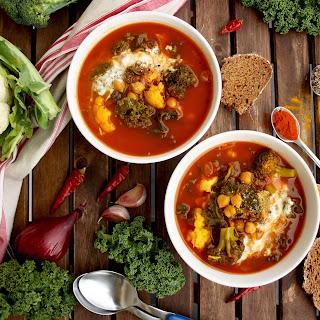Vegan Cauliflower Stew with Broccoli, Chick Peas and Kale