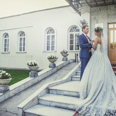 Wedding photographer Natalya Popova (Sputnik-30). Photo of 25.11.2013