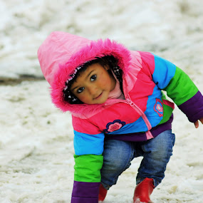 Oh Little girl ....she walks with a smile.... she's so full of life...! by Tanmoy Debnath - Babies & Children Children Candids