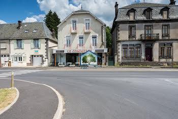 locaux professionels à Saint-Julien-Puy-Lavèze (63)