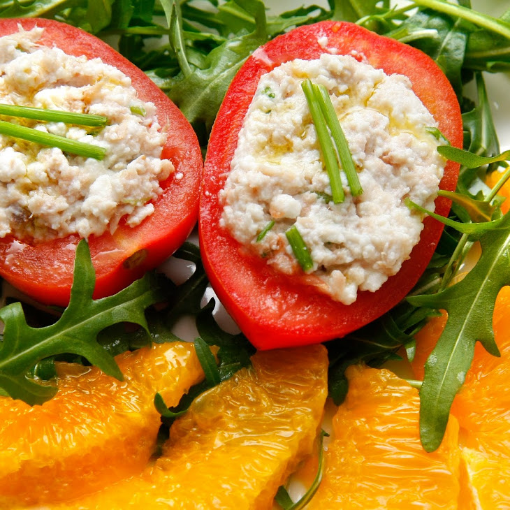 Tomatoes Stuffed with Cream Cheese and Tuna