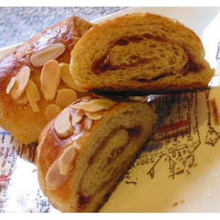 Cream-Filled Biscotti