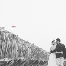 Wedding photographer Dimitris Mindrinos (mindrinos). Photo of 22.11.2017