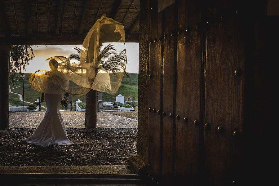 Wedding photographer Eliseo Regidor (EliseoRegidor). Photo of 21.12.2017