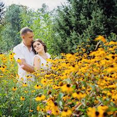 Wedding photographer Vladimir Esikov (Yess). Photo of 20.10.2017