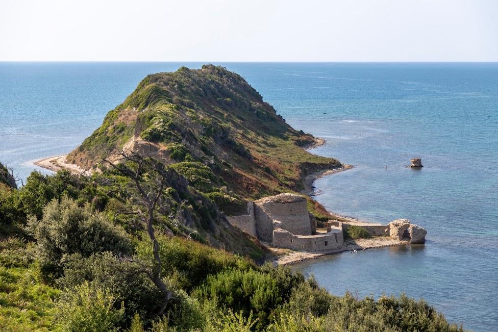 zamek Rodonit