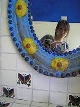 Photo: dia 2.10: auto-retrato com quati na casa da Frida