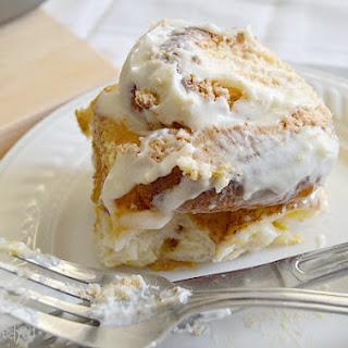 Vanilla Crunch Cinnamon Rolls