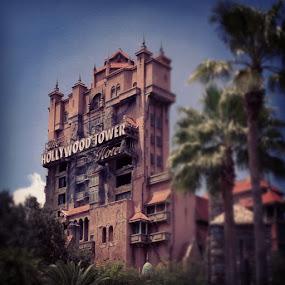 Agh, it's been too long! #disney #towerofterror by Tyler Landgraf - Instagram & Mobile Instagram