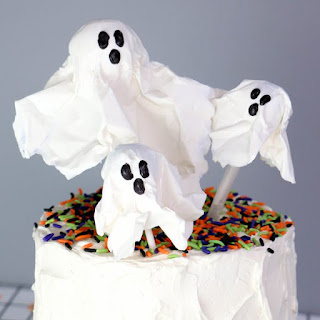 CHOCOLATE LOLLIPOP GHOSTS.