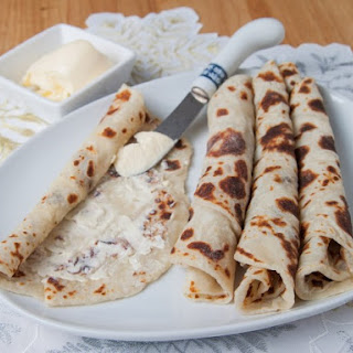 Lefse (Easy Instant Mashed Potato Version)