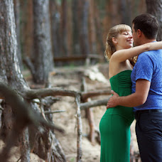 Wedding photographer Pavel Kosukhin (Pakos31). Photo of 18.07.2014