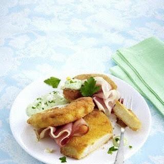 Panierter Kohlrabi mit Frankfurter grüner Soße und Schinken