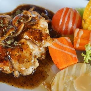 Appetizing Crockpot Brown Sugar And Garlic Chicken