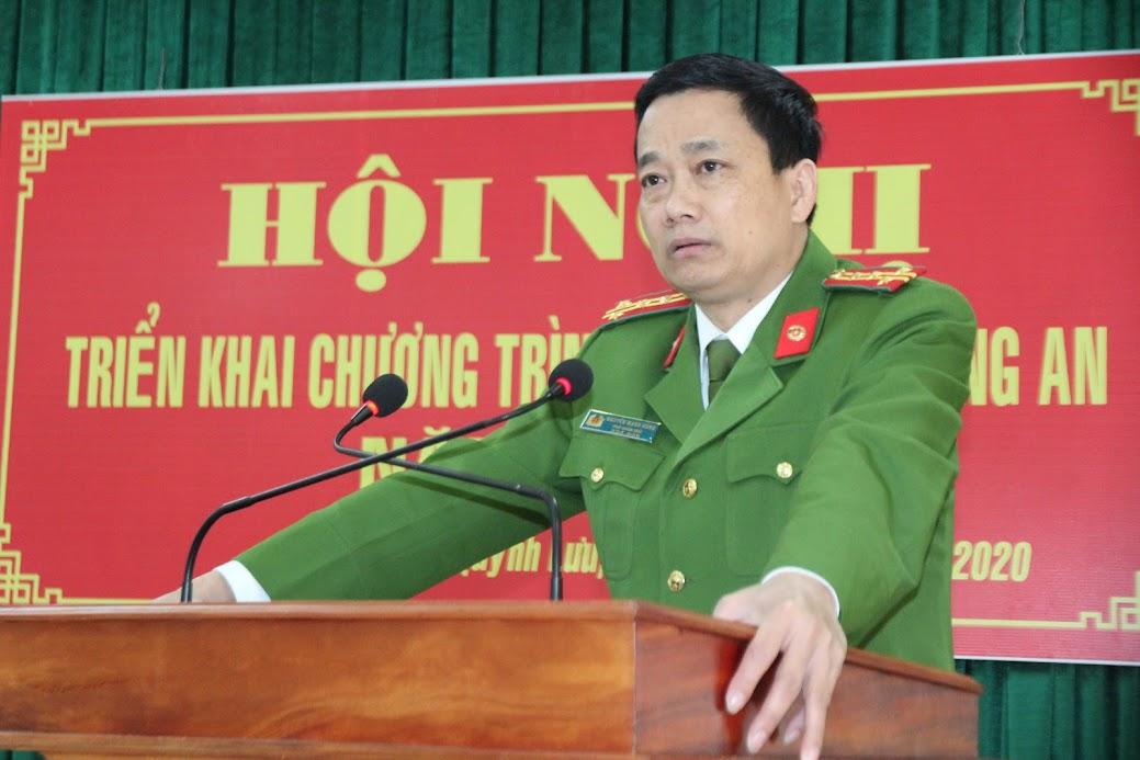 Đồng chí Đại tá Nguyễn Mạnh Hùng, Phó Giám đốc Công an tỉnh phát biểu chỉ đạo tại Hội nghị.