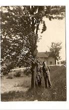 Photo: 03 Jan Szpadt, kapitan KOP (Korpusu Ochrony Pogranicza) wraz z kolegą w Czortkowie 15.06.1939. Nad. Barbara Suchorowska-Włodarczyk