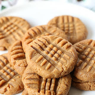 Healthy Chewy Peanut Butter Cookies (Vegan).