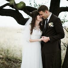 Wedding photographer Olya Glavnik (ulibnisShire). Photo of 13.10.2017