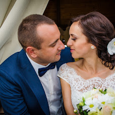 Wedding photographer Viktor Rolya (Kikoste). Photo of 13.10.2015