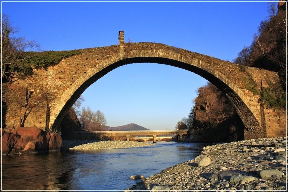 Devil's bridge, as pontes do diabo na Europa