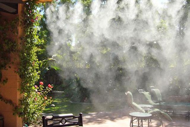 Máy phun sương hoạt động theo nguyên lý phun sương bằng nhiệt