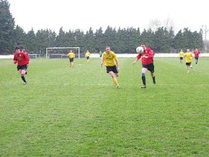 Photo: 19/04/08 v Almondsbury Town (HLP) 1-6 - contributed by Leon Gladwell