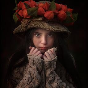 fiorela by Anna Anastasova - Babies & Children Child Portraits ( girl child, autumn, child portrait, autumn colors, portrait )