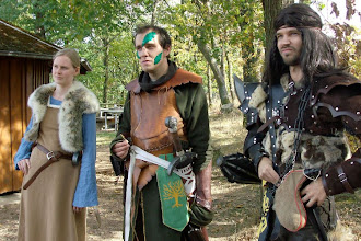 Photo: Drei Dorlónier: Alva, Elias von Winterau und der Gerdore Tarorcragh.