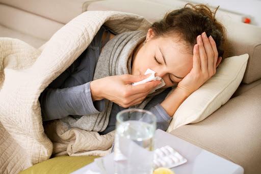 Bà bầu bị sốt có gây hại cho thai nhi không