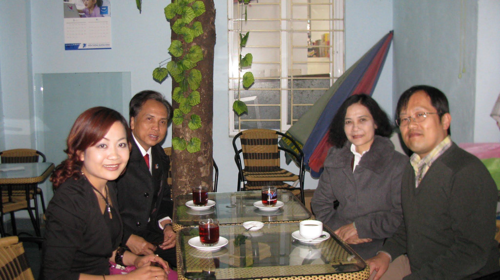Photo: meeting Dr. Ho's parents