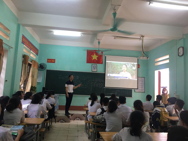 Tuyên truyền tuyển sinh đại học, cao đẳng năm 2020 tại huyện Văn Bàn