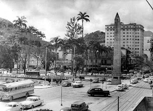 Photo: Bacia. Ao fundo, Praça dos Expedicionários e à direita, Obelisco. Foto da década de 60