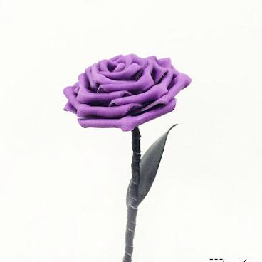 薰衣草紫皮革玫瑰