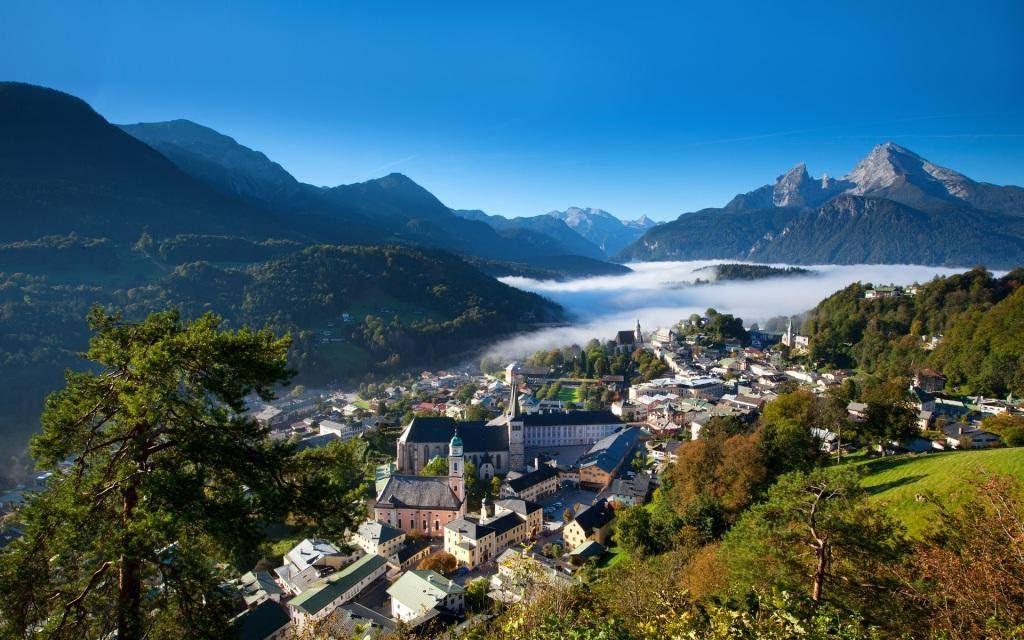 Ταξιδέψτε στις Άλπεις για καλοκαιρινές εναλλακτικές διακοπές πνευματικής αναζήτησης