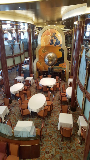 Queen-Victoria-Britannia-Restaurant - Britannia Restaurant, on decks 2 and 3, is Queen Victoria's largest restaurant, a stylish space with intimate table groupings framed by tall cornices.