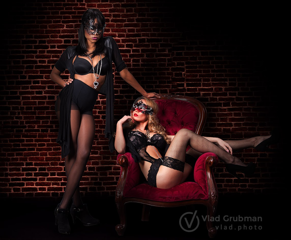 Masked dungeon mistresses - Photography by Vlad Grubman / ZealusMedia.com