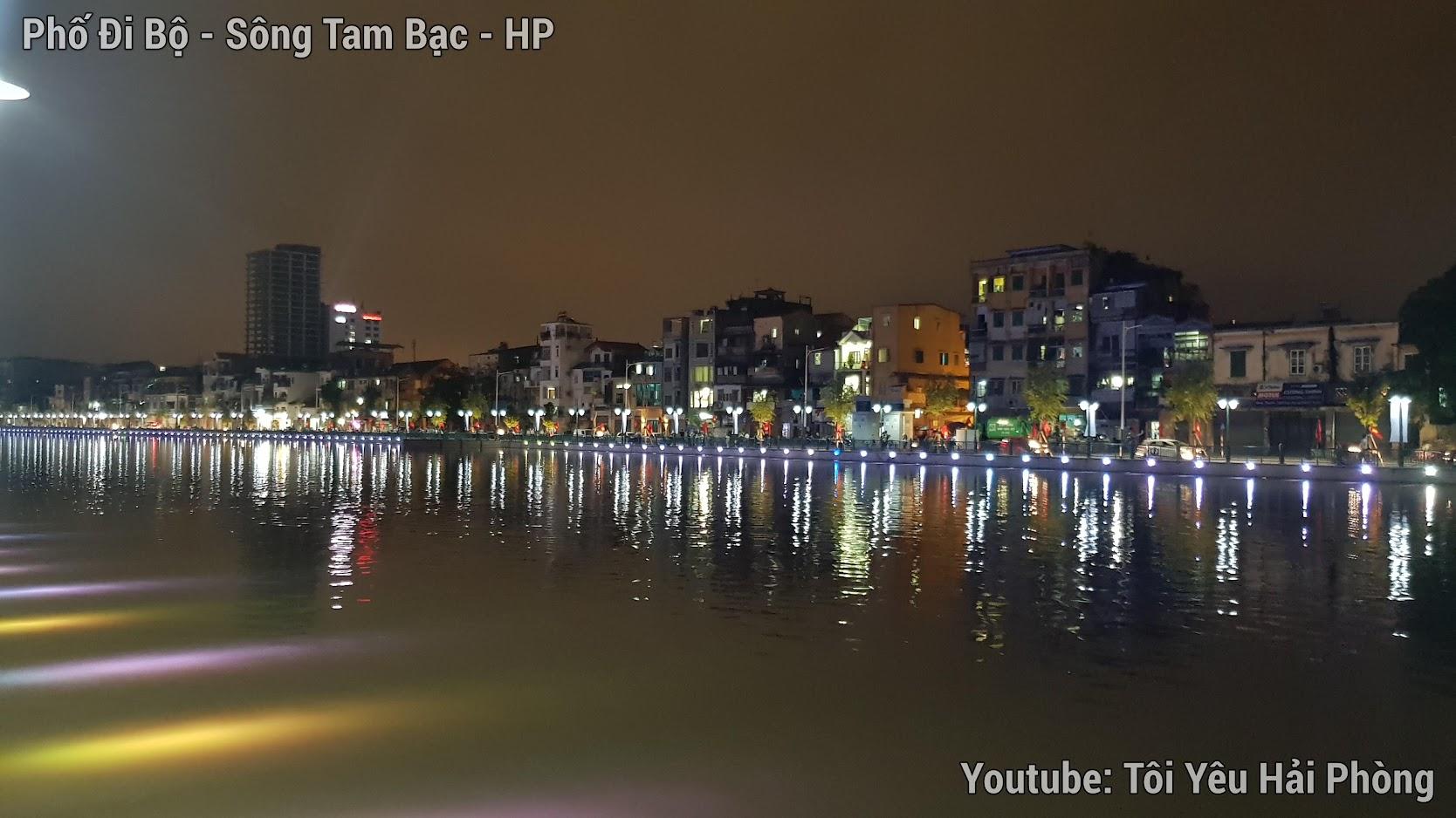 Buổi tối ở Phố Đi Bộ bên sông Tam Bạc ở Hải Phòng 4
