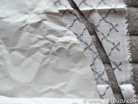 和柄の布地も余裕と縫い代を取って裁断