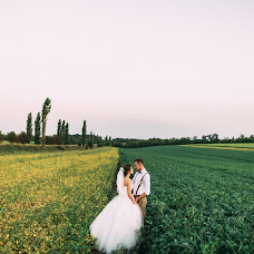 Wedding photographer Katerina Melnik (lollapaloozzaa). Photo of 21.08.2017