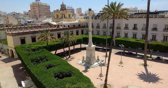 El Ayuntamiento volverá a la Plaza Vieja