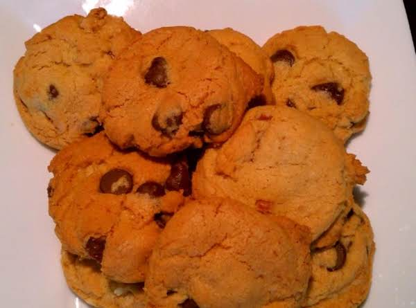 Fulfill Your Chocolate Chip Cookie Cravings With This Fantastic Recipe!