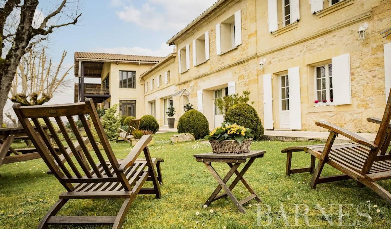Vignoble avec piscine Bordeaux