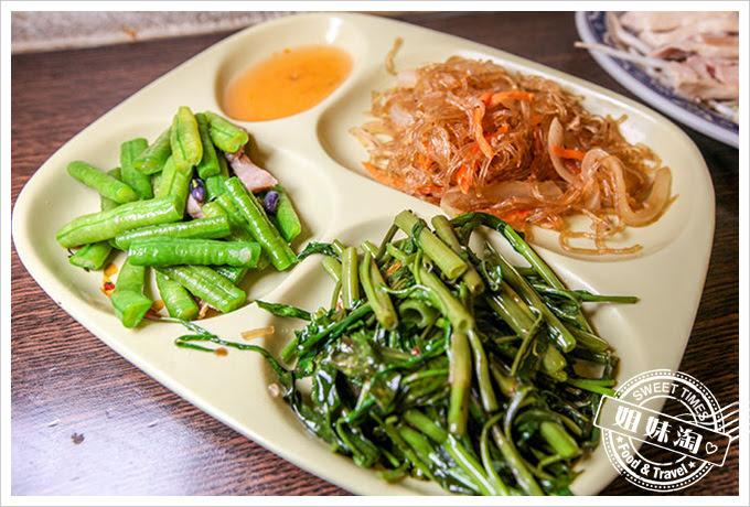 獅城海南雞飯肉骨茶專賣店海南雞