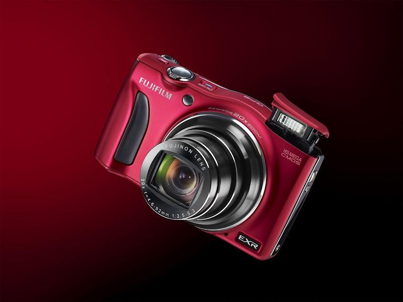 Photo: Fujifilm FinePix F770EXR
