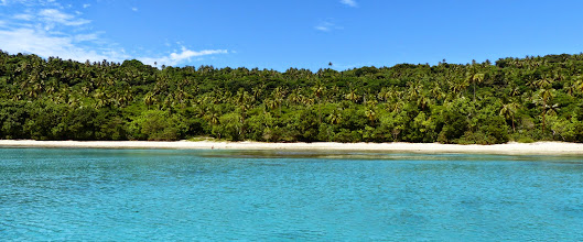 Photo: ...hello Port Morelle!  Everything is only a hop/skip away in this island group.