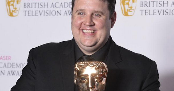 Peter Kay thanks fans for support in surprise appearance